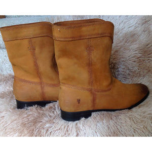 New Frye Cara Leather Women Short Riding Boots